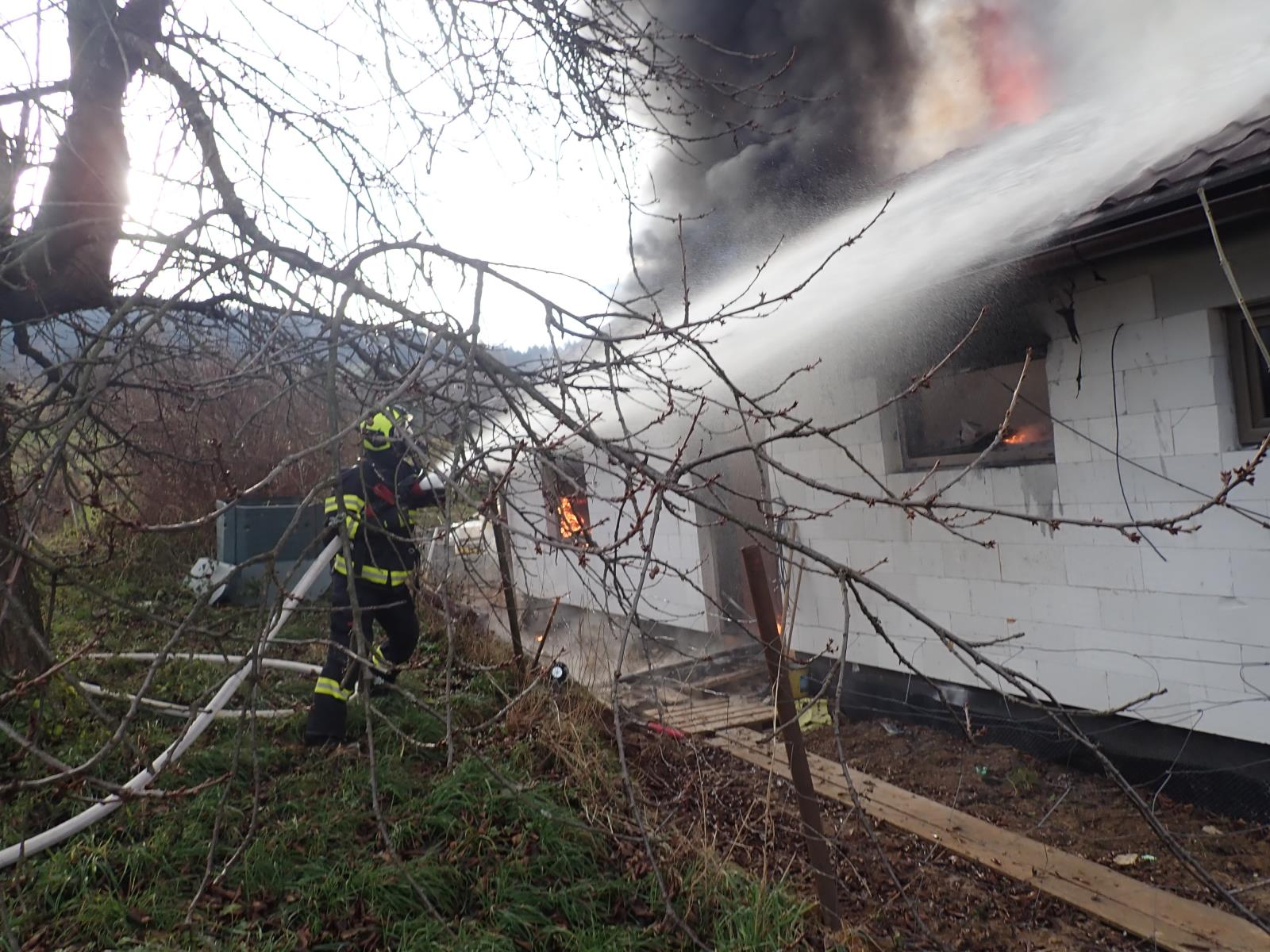 Požár ve Študlově (zdroj HZS Zlínského kraje)