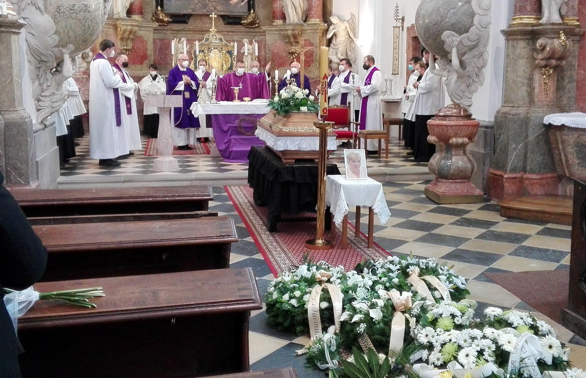 pohřeb 1
