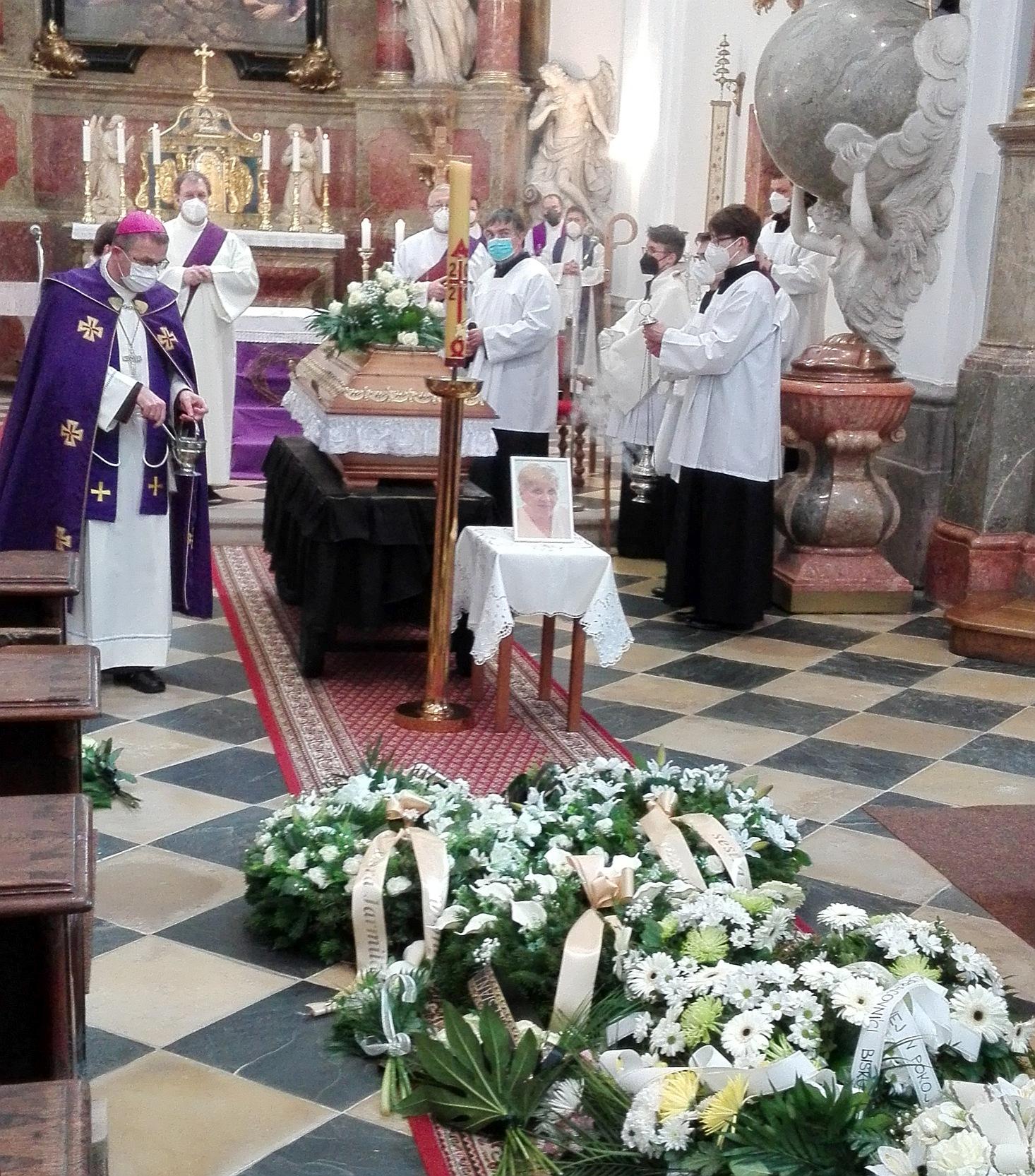 pohřeb 2