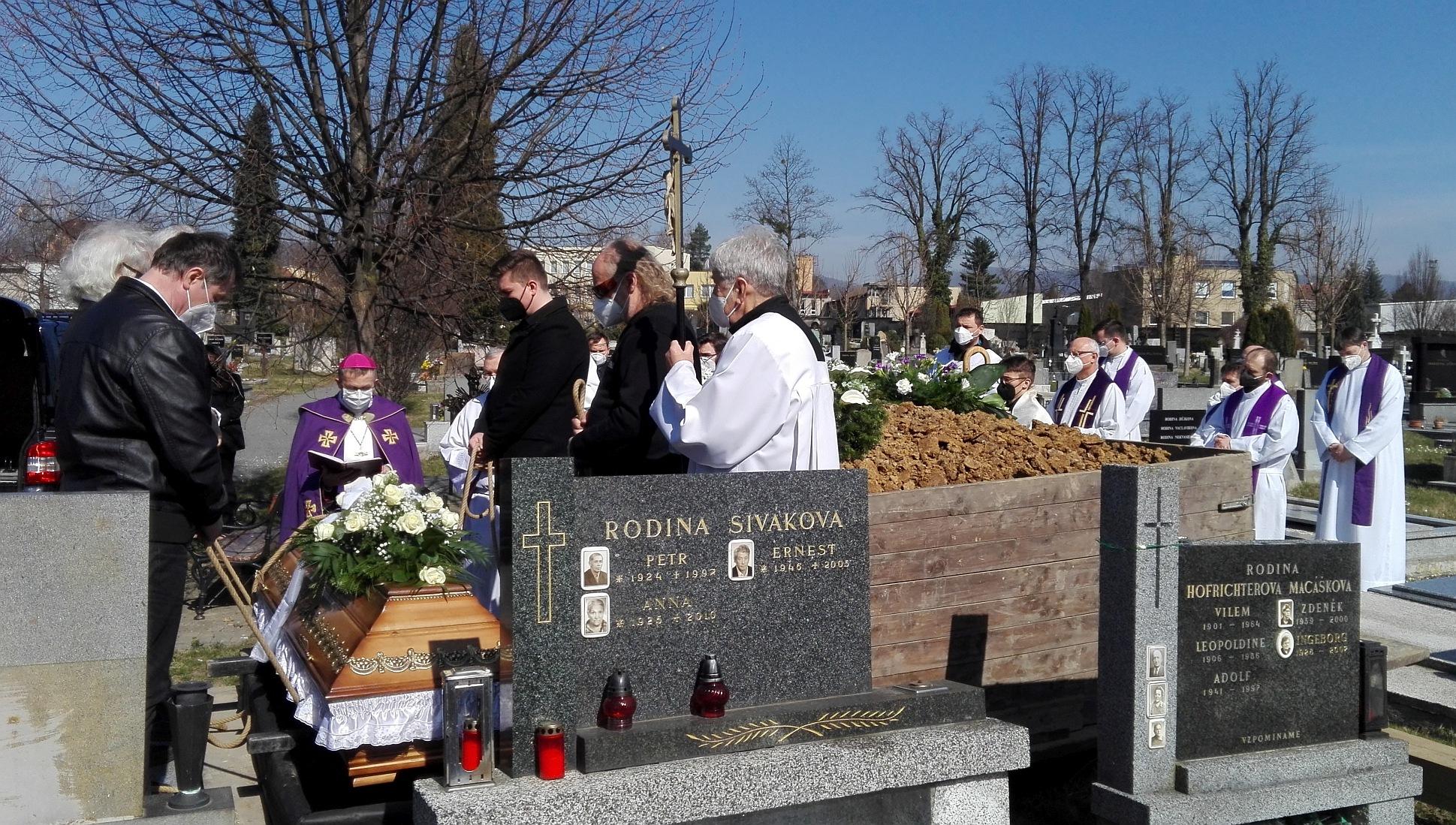pohřeb 4