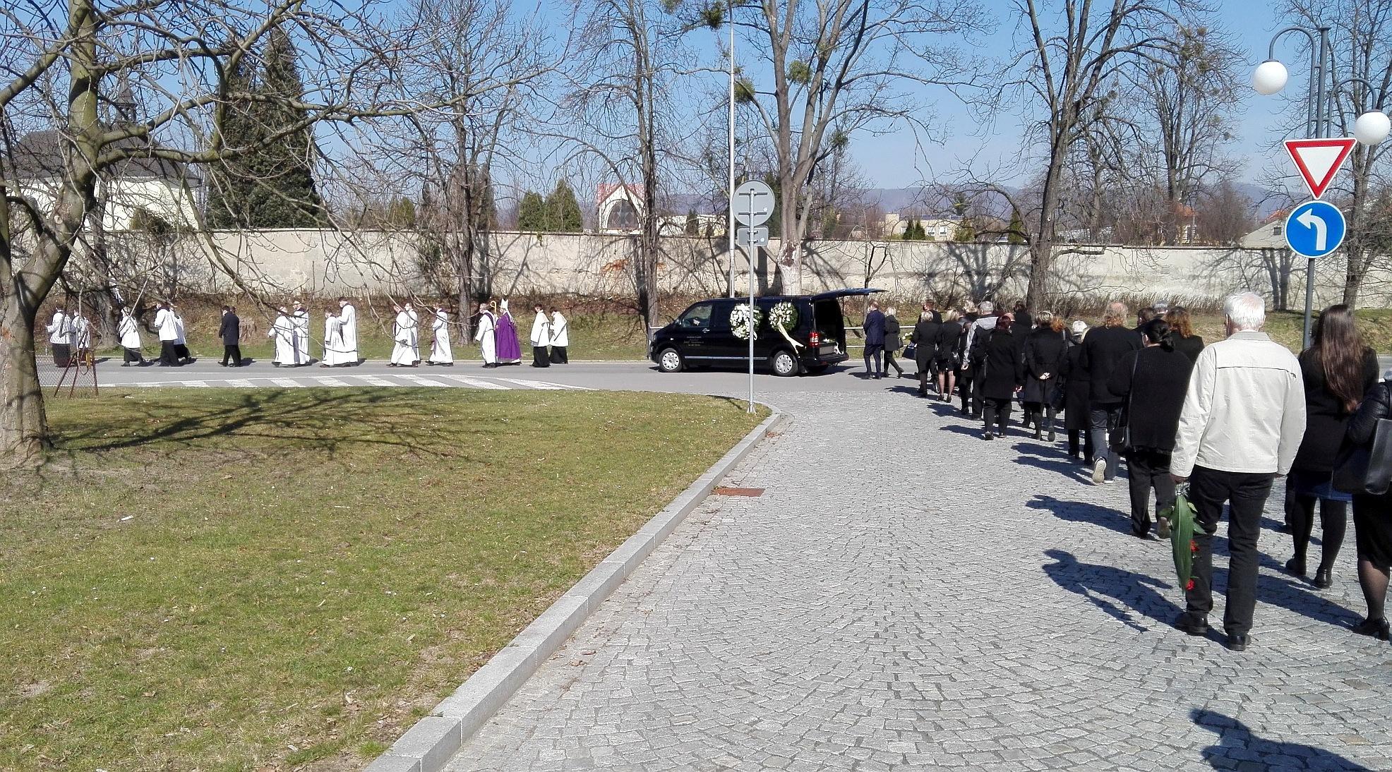 pohřeb 3