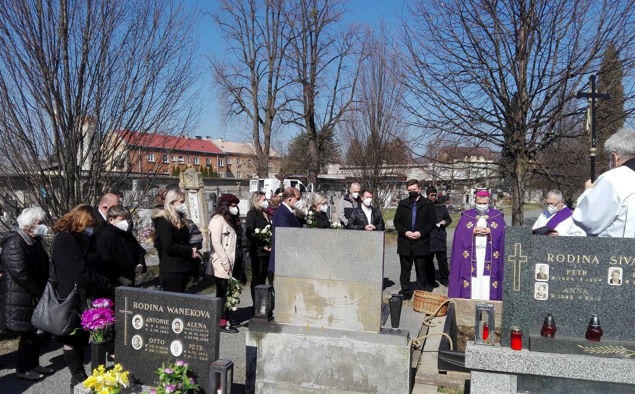 pohřeb 5